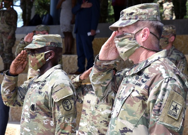 Gen. James C. McConville, and Lt. Gen. R. Scott Dingle wearing masks similar to what will now be standard issue.