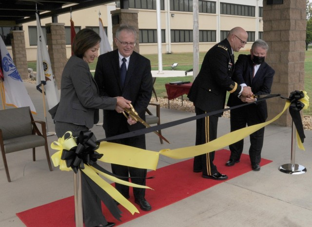 Army rapid prototyping office unveils new headquarters