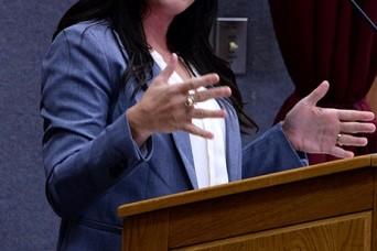 Speaker discusses underestimating women