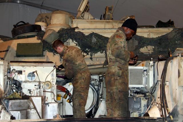 1/9 CAV conducts vehicle repair and maintenance