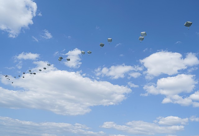 U.S. paratroopers, assigned to the 173rd Airborne Brigade, conduct an airborne operation during the Noble Partner 20 exercise at Vaziani Training Area, Georgia, Sept. 1, 2020. Exercise Noble Partner is designed to enhance regional partnerships and increase U.S. force readiness and interoperability in a realistic, multinational training environment. The exercise allows participants to conduct airborne operations, situational training exercises, live-fire exercises and combined mechanized maneuvers.
