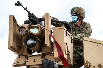 VNG Soldiers train on CROWS remote weapons system