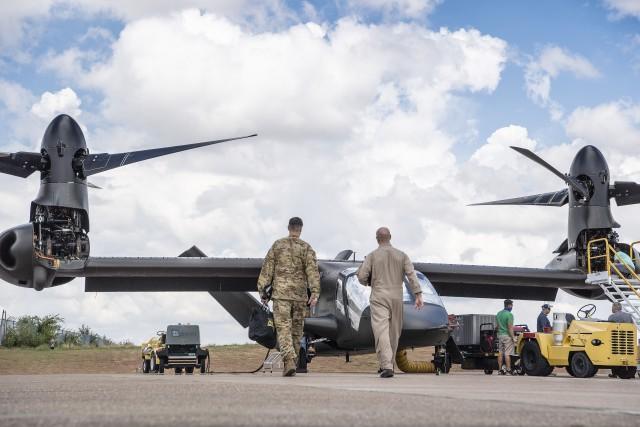 Army Experimental Test Pilots Fly Valor V-280