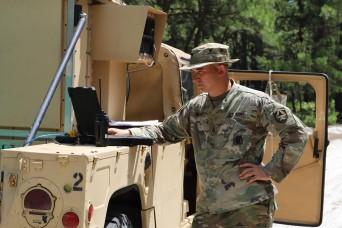 Army engineers examine cyber defense technologies