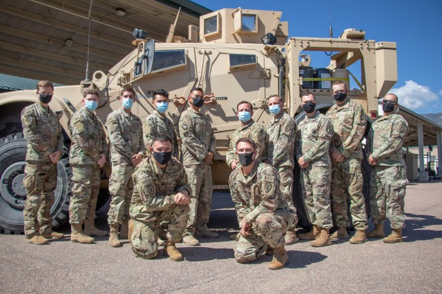 EOD RECRUITING DAY SHINES LIGHT ON EXPLOSIVE CAREER FIELD