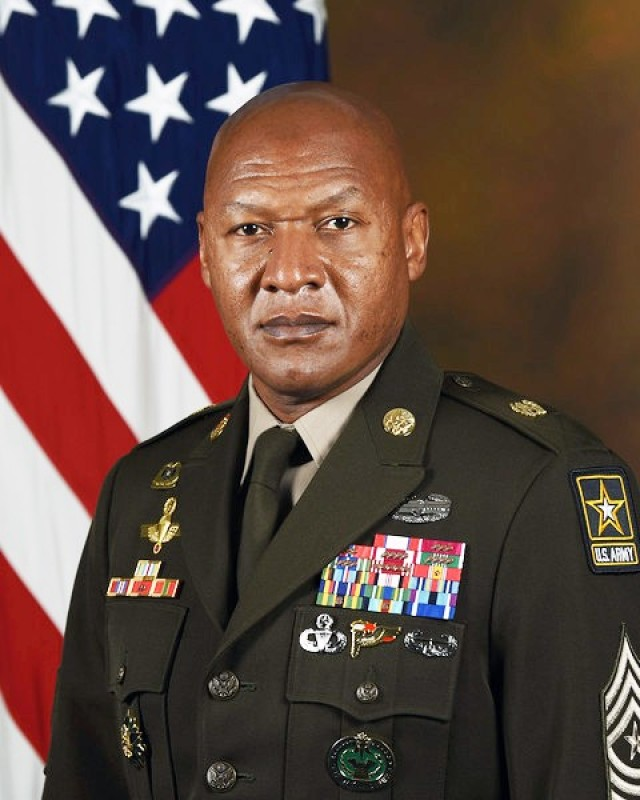 U.S. Army Sgt Maj. Jimmy Sellers, poses for his official portrait in the Army portrait studio at the Pentagon in Arlington, Va, Sept. 22, 2020.  (U.S. Army photo by William Pratt)