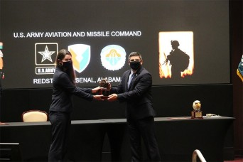 AMCOM civilians receive top AUSA awards