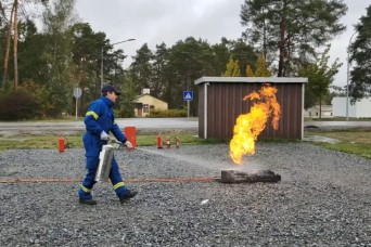 Practice fire extinguisher safety with USAG Bavaria's Fire Department