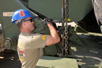 NC Guard Transportation Company trains with Airborne peers