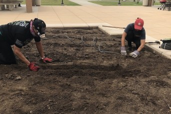 ARCP Soldiers get green thumbs