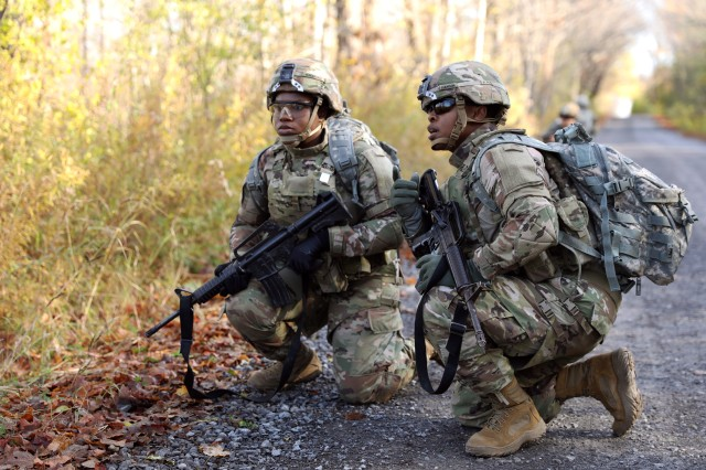Soldiers with 10th Mountain Division at Ft. Drum surveys an obstacle during a human factor evaluation on the Modular Scalable Vest Gen II with PEO Soldier Oct. 29, 2019.