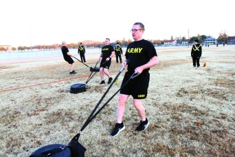 National Guard, Reserve Soldiers certify on ACFT during field artillery course at Fort Sill