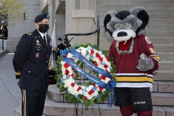 Local Army Reserve Command partners with Chicago Wolves to honor veterans on Veteran's Day