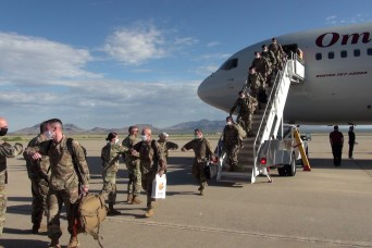 Charlie Company, 40th Expeditionary Signal Battalion returns
