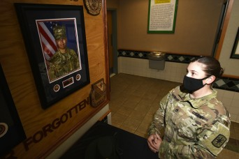 MPs keep trainee's memory alive on Veterans Day