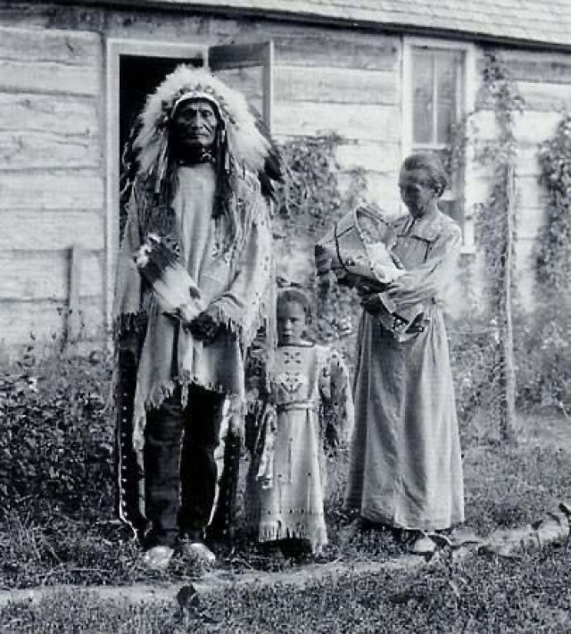 Chief Stephen Standing Bear was in Austria as a performer with a Wild West Show, he caught Pneumonia and was hospitalized. Louise Rieneck was a nurse at the same hospital in Austria at that time, and later they were married when he got better and she came to South Dakota with him.(Courtesy photo by Staff Sgt. Kari Brafford)