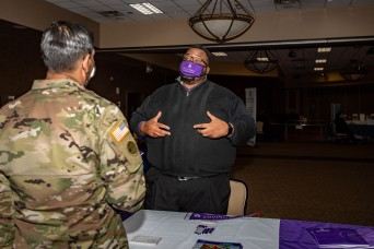 Fair connects Soldiers with educational opportunities