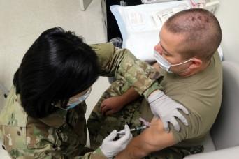 Ohio National Guard members begin getting COVID-19 vaccine