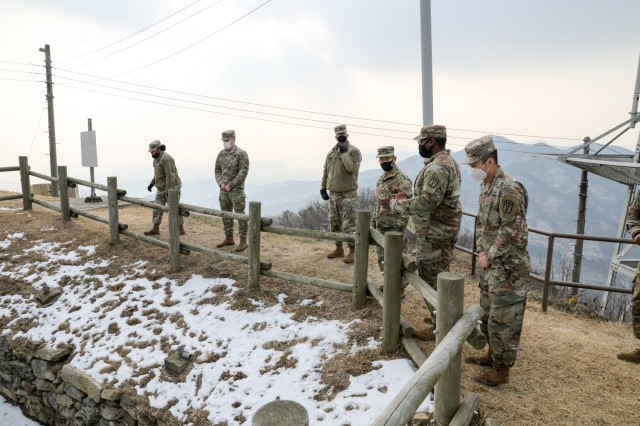 501st Military Intelligence Brigade leaders receive a tour of the Detachment J site