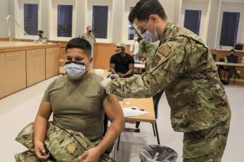 COVID-19 vaccinations begin for Landstuhl Regional Medical Center