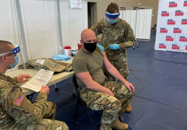 Indiana Guardsmen take on new COVID-19 vaccination mission