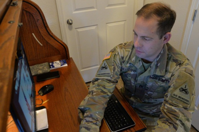 U.S. Army Sgt. 1st Class Timothy Gilleland completes AFSNCOA-ALE course