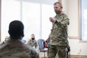 Troop talk: SMA meets with Fort Hood Soldiers, hears feedback on 'People First' initiative