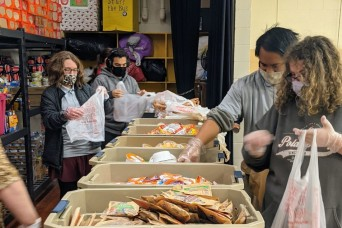 Waynesville class lends helping hand to district's food donation project