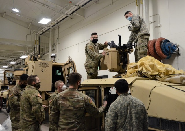 JBLM Airmen train Soldiers during first Air Force-instructed CROWS trainer course on base