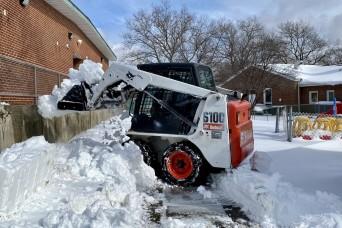 Fort Hamilton perseveres through winter storm