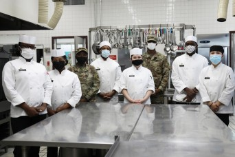 35th CSSB field feeding platoon Soldiers step up to run Camp Zama Dining Facility