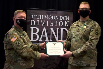 10th Mountain Division Band member recognized for actions during garage fire