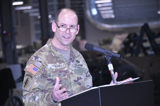 Outgoing Command Chief Warrant Officer 5 Jonathan O. Yerby addresses the audience during CASCOM Chief Warrant Officer Change of Charter Ceremony Feb. 5 at the Ordnance Training Support Facility.  Yerby was replaced by CW5 Danny K. Taylor.