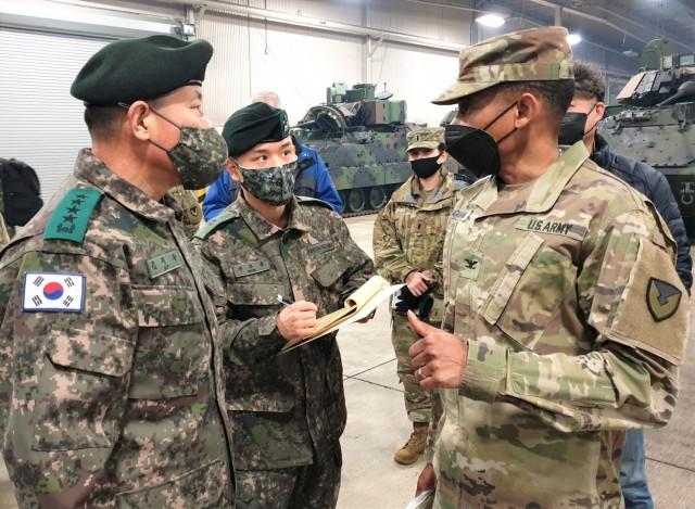 Republic of Korea Army 4-star general visits APS-4 at Camp Carroll