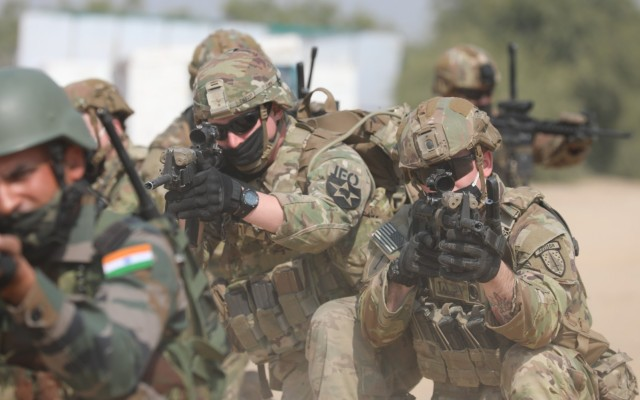 Members of the 5th Security Force Assistance Brigade train alongside Indian Army soldiers during the Yudh Abhyas exercise in Rajasthan, India, Feb. 9, 2021.