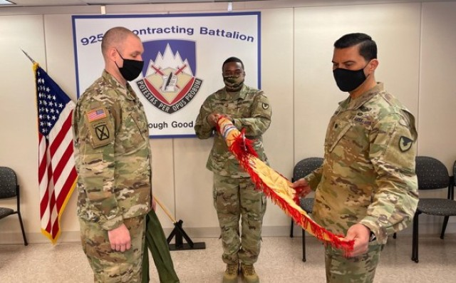 925th CBN uncases colors signaling return from Afghanistan