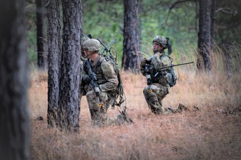 Paratrooper feedback critical during Army's operational radio test