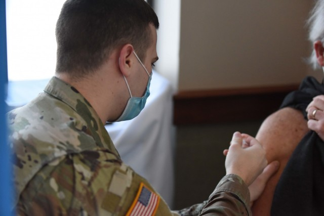 Michigan National Guard helps vaccinate hundreds of people