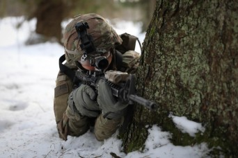 Lithuanian Dragoons demonstrate unconventional warfare on U.S.