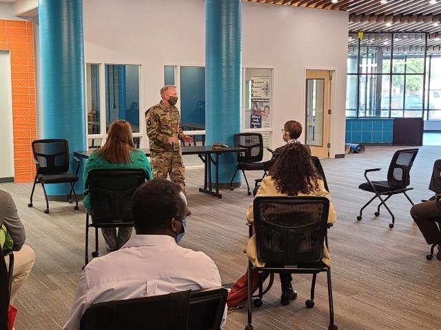 IMCOM CG visits JBLM, recognizes workforce