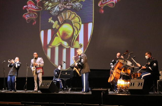 """he U.S. Military Academy Equal Opportunity Office presented this year's Black History Month Observance Feb. 25 at Eisenhower Hall Theatre. Members of the West Point Jazz Ensemble played three songs, featuring Class of 2021 Cadet Xavier Lampkin on the tenor saxophone. Marsalis also played three songs, including """"Amazing Grace."""""""