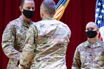 New commander lifts off at 1st Space Brigade