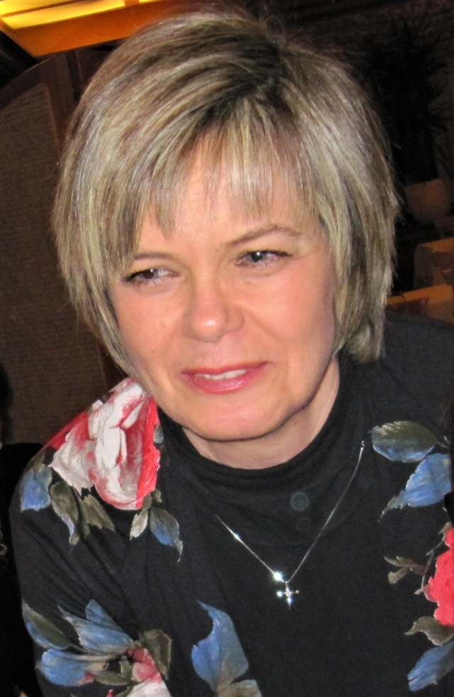 Former budget officer Stefania Villanova, Resource Management office, U.S. Army Garrison Italy, retired Dec. 31 after more than 34 years of service. She began her U.S. Army career as a host nation professional in November 1986. Her focus and competence, along with an unmatched commitment to excellence, left a lasting mark on all the military and civilian leaders she worked with throughout her years within the Vicenza and Darby military communities.