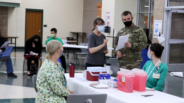 Wisconsin National Guard troops support COVID vaccinations