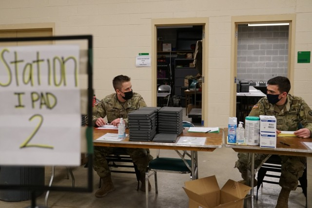 Ohio National Guard helps vaccinate Ohioans at mass clinic