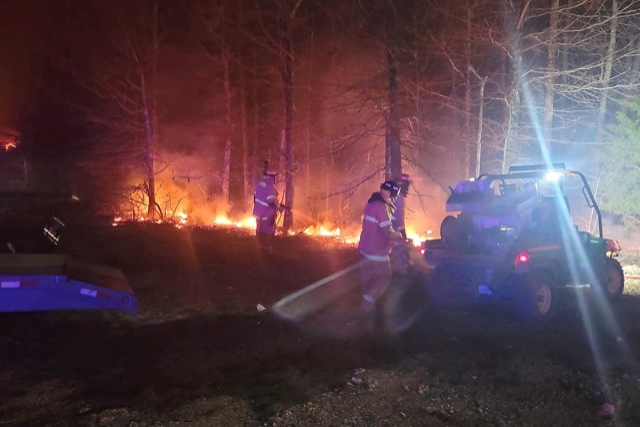 Fort Leonard Wood firefighters knock back Range 19 wildfire