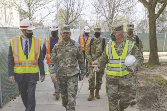 SMA Grinston tours Belvoir barracks renovation, says 'Good quality here'