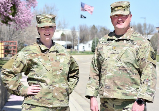 Siblings serve in Idaho Guard