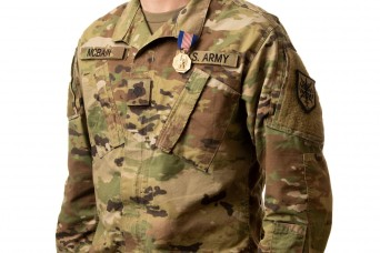 The Army Reserve recognizes Wisconsin Soldier for his heroics during off-duty hours