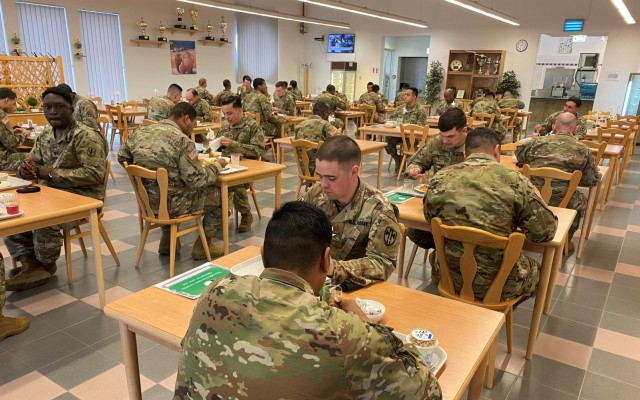 Food service program critical component to 405th AFSB's warrior support